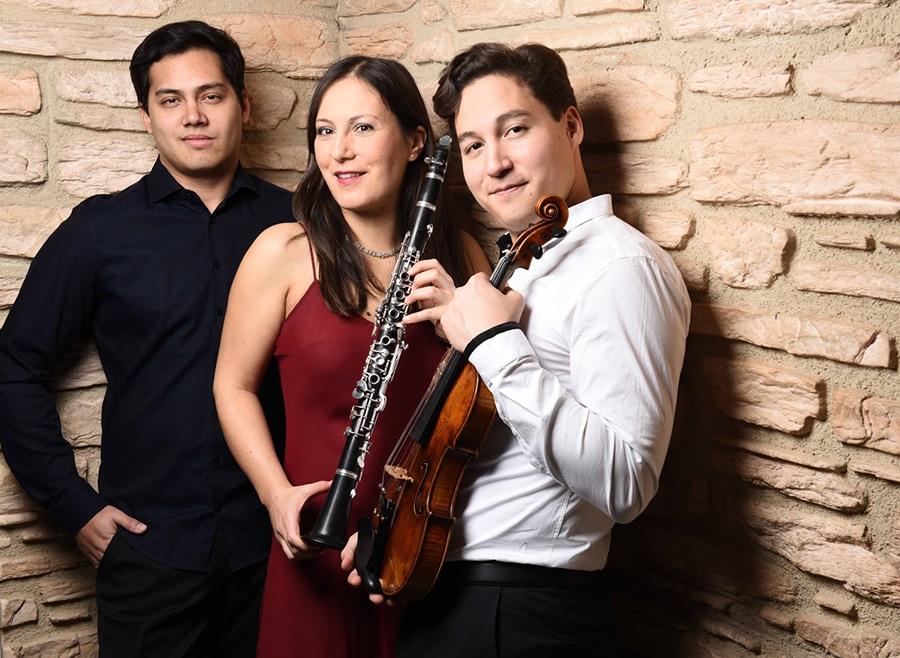 Sayaka Schmuck, Ken Schumann & Benyamin Nuss